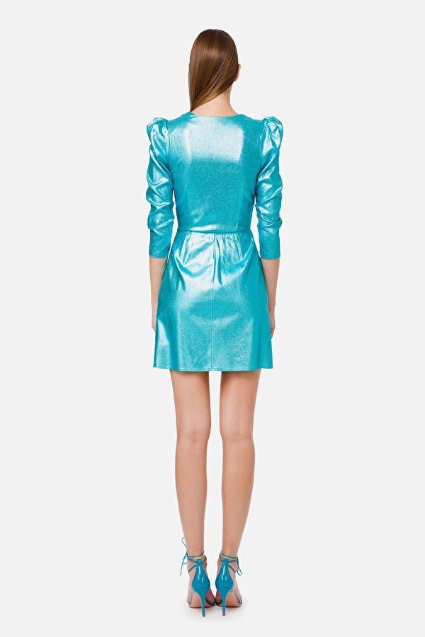 Vestido corto con mangas de globo