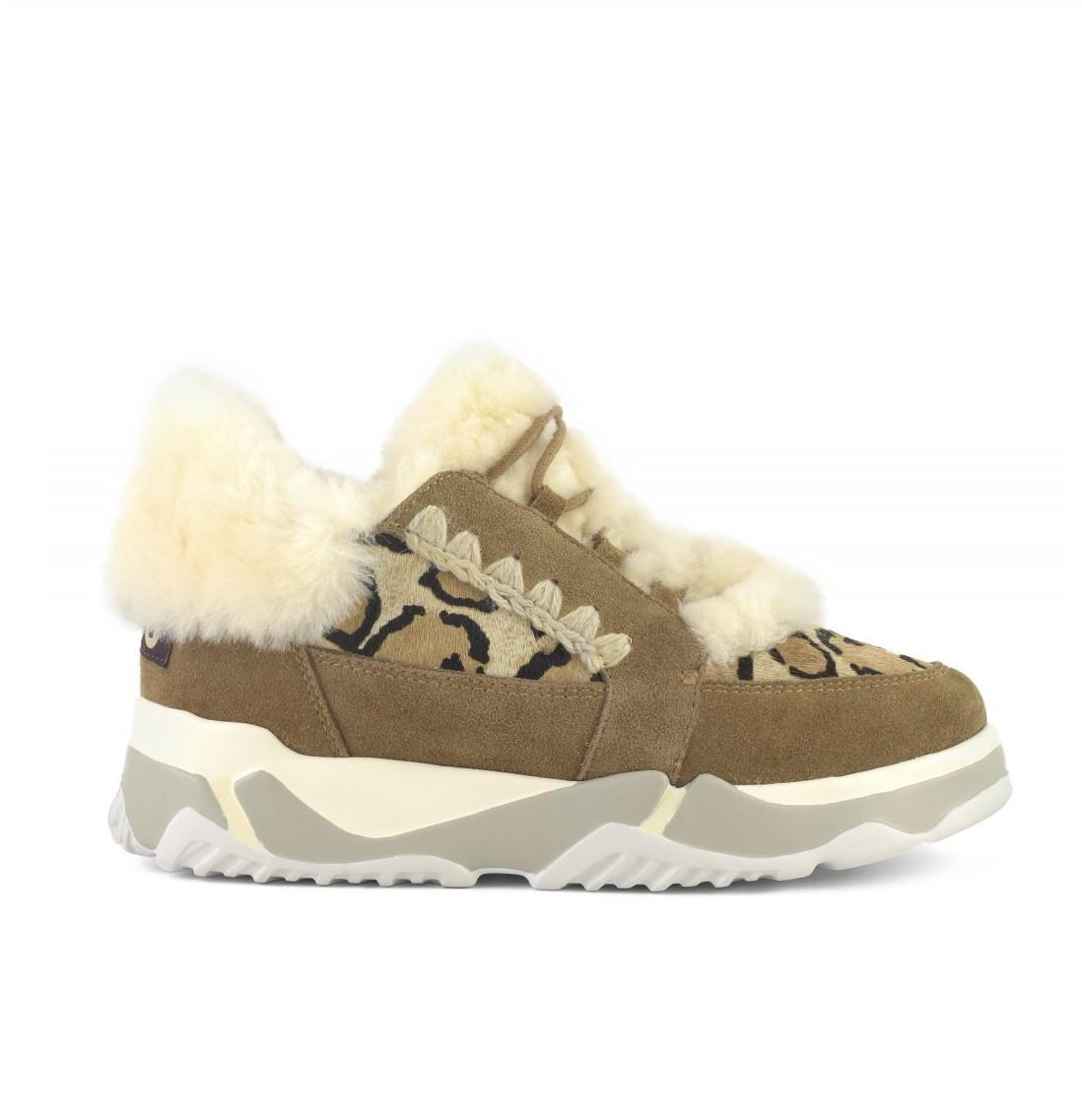 Mou Eskimo lace up trainer